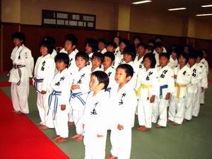 柔道スポーツ少年団昇級審査会_d0010630_914556.jpg