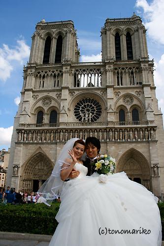 ノートルダムのお姫様 〜パリの結婚式_c0024345_13273257.jpg