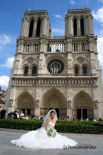 ノートルダムのお姫様 〜パリの結婚式_c0024345_13274636.jpg