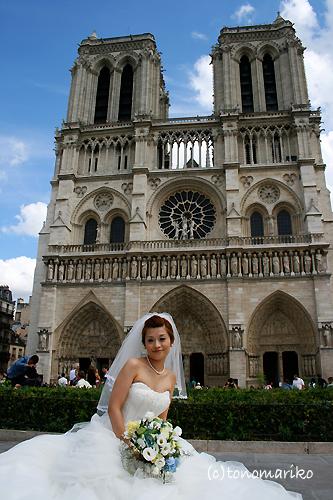 ノートルダムのお姫様 〜パリの結婚式_c0024345_1327614.jpg