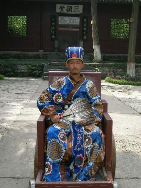 世界一周中、中村さんの中国歴史的勇士的雄姿_c0011649_7465591.jpg