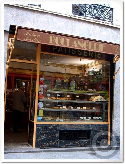 ■街角のパン屋(パリ)_a0014299_7162150.jpg