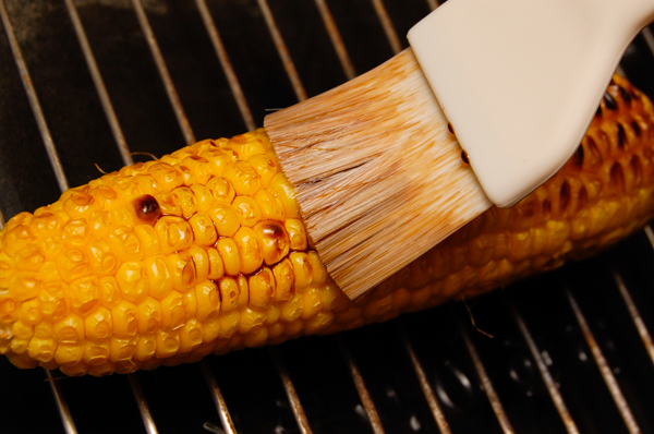 トウモロコシの焼き方_a0003650_20474529.jpg