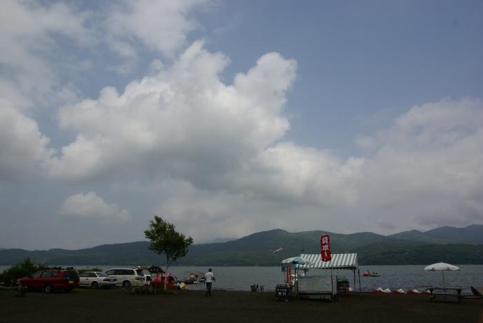 夏色の湖水_e0077521_23492021.jpg