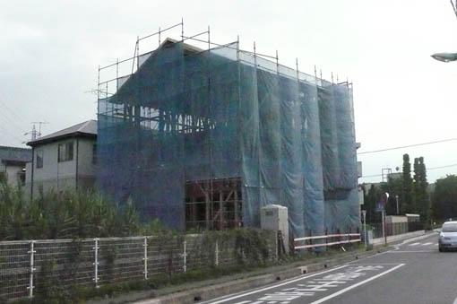 七里の家 04 :屋根野地板、軸組2_e0054299_9282059.jpg