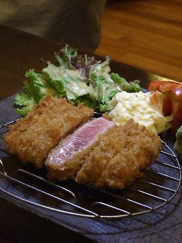 「白金高輪 福わうちの肉じゃがカレー」_a0000029_1523259.jpg