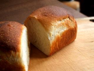 オレンジミニ食パンとオレンジシナモンロール、他_c0110869_2218387.jpg
