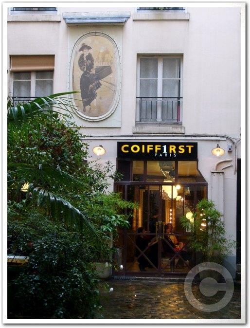 ■街角の美容室(パリ)_a0008105_19355467.jpg