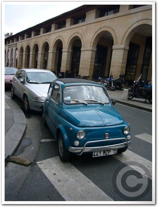 ■街角の車(パリ)_a0008105_1953474.jpg