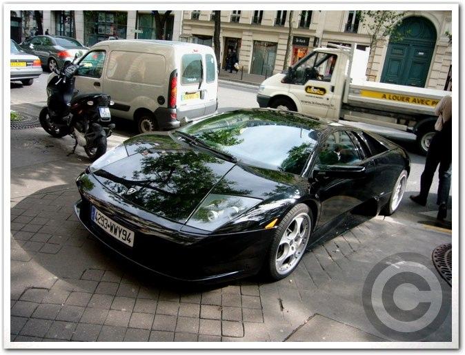 ■街角の車(パリ)_a0008105_19535994.jpg