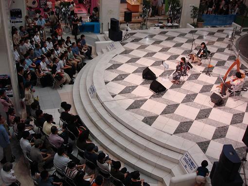 みとせのりこ、アコースティックライブ大成功!!_e0025035_1801679.jpg