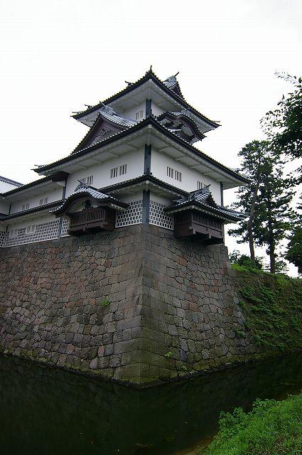 金沢城散策会_d0043136_2362677.jpg