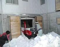 新潟県、「雪冷熱エネルギーモデル住宅」の見学会とセミナーを開催 新潟県小千谷市_f0061306_1633395.jpg