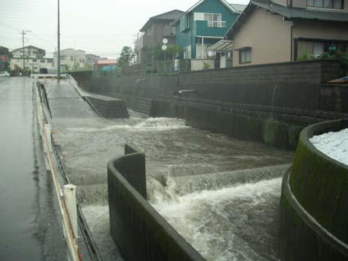 台風接近_f0141310_23243566.jpg