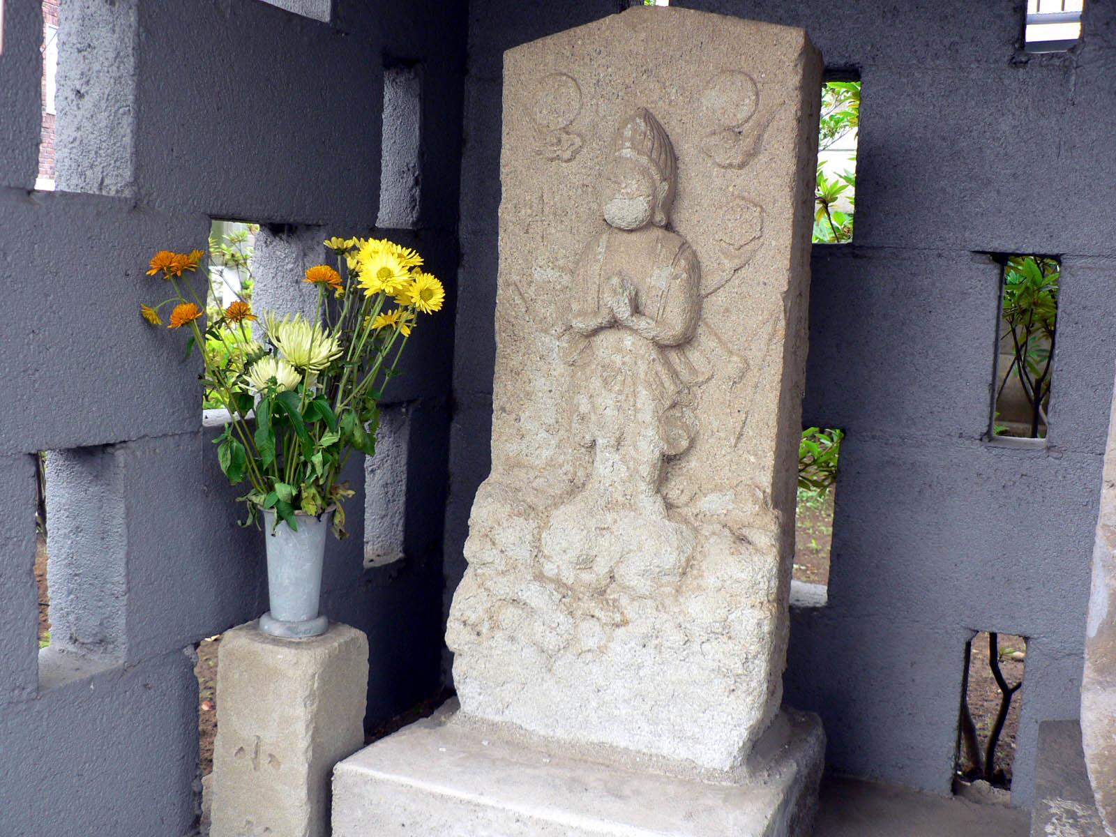桜森稲荷神社_e0123189_13493817.jpg