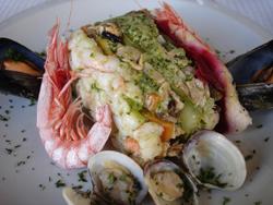 ランチはやっぱり魚料理~ジェノヴァ_f0106597_1813210.jpg