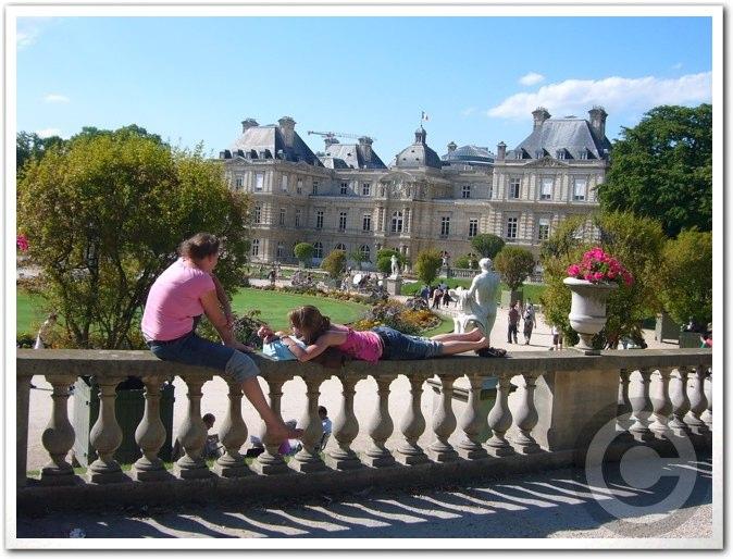 ■夏のリュクサンブルグ公園(パリ)_a0008105_8422374.jpg
