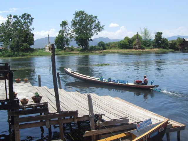 <インレー湖> ナムパンの水上レストラン_c0011649_810110.jpg