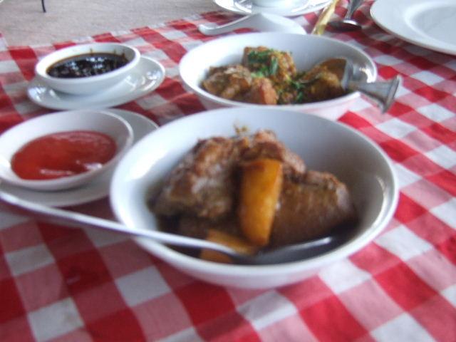 <インレー湖> ナムパンの水上レストラン_c0011649_816369.jpg