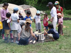 International survival mini-camp 2日_e0015223_8133239.jpg