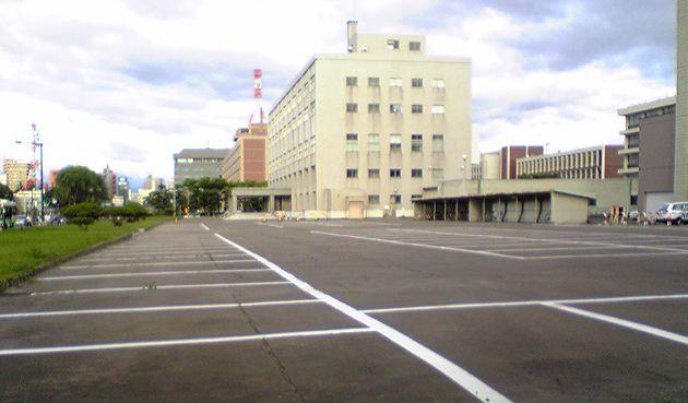 駐車場_f0081443_0545429.jpg