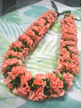 *Fresh Flower Lei Making*_f0017548_9453512.jpg