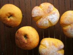 ほわほわ かぼちゃパン(ミニ食、あんぱん、他)_c0110869_2282113.jpg