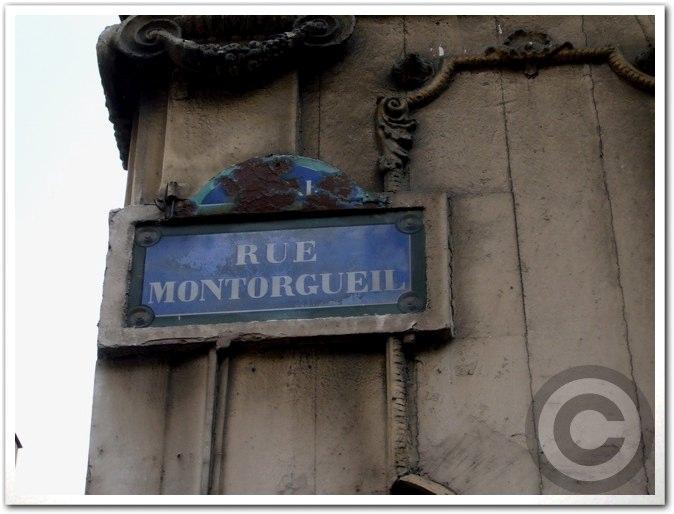 ■街角の果物(パリ)_a0014299_2415133.jpg