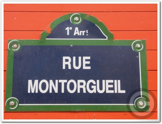 ■街角の果物(パリ)_a0014299_241612.jpg