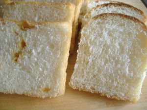 パン日記 食パン_f0082141_0111045.jpg