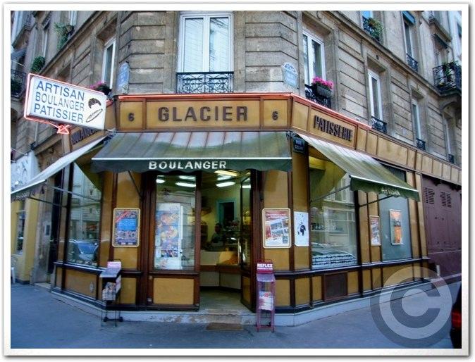 ■街角のパン屋(パリ)_a0014299_1933524.jpg