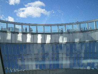 「空中庭園」 <大阪・梅田>_c0118352_7123248.jpg