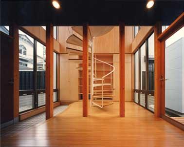 建築家 上田仁美さんのオフィスが移転しました!_c0093754_13411072.jpg