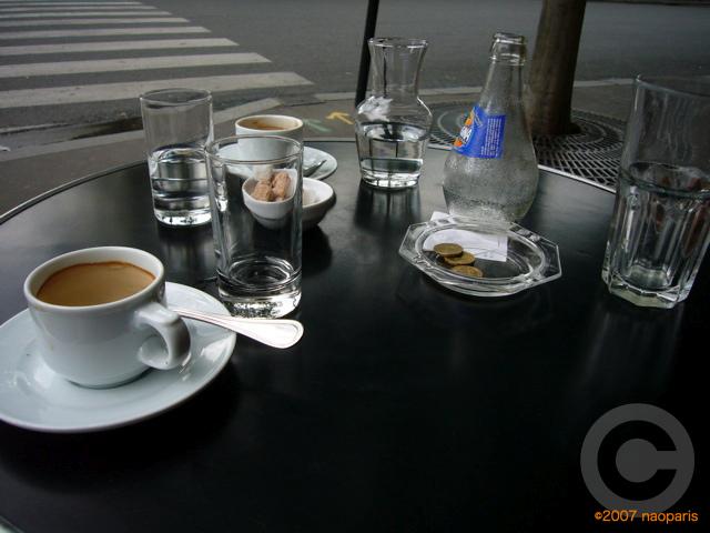 ■街角のキャフェZIMMER(パリ)_a0014299_5574819.jpg