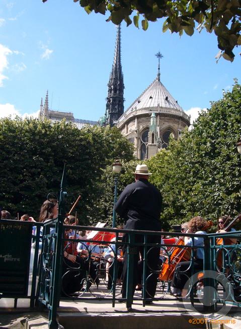 ■街角のミュージシャン(パリ)_a0008105_18343347.jpg
