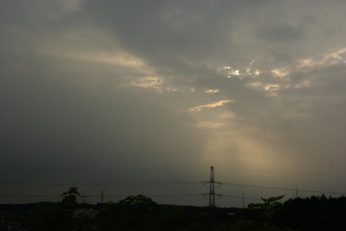 黒雲がきた…_e0077521_2133222.jpg