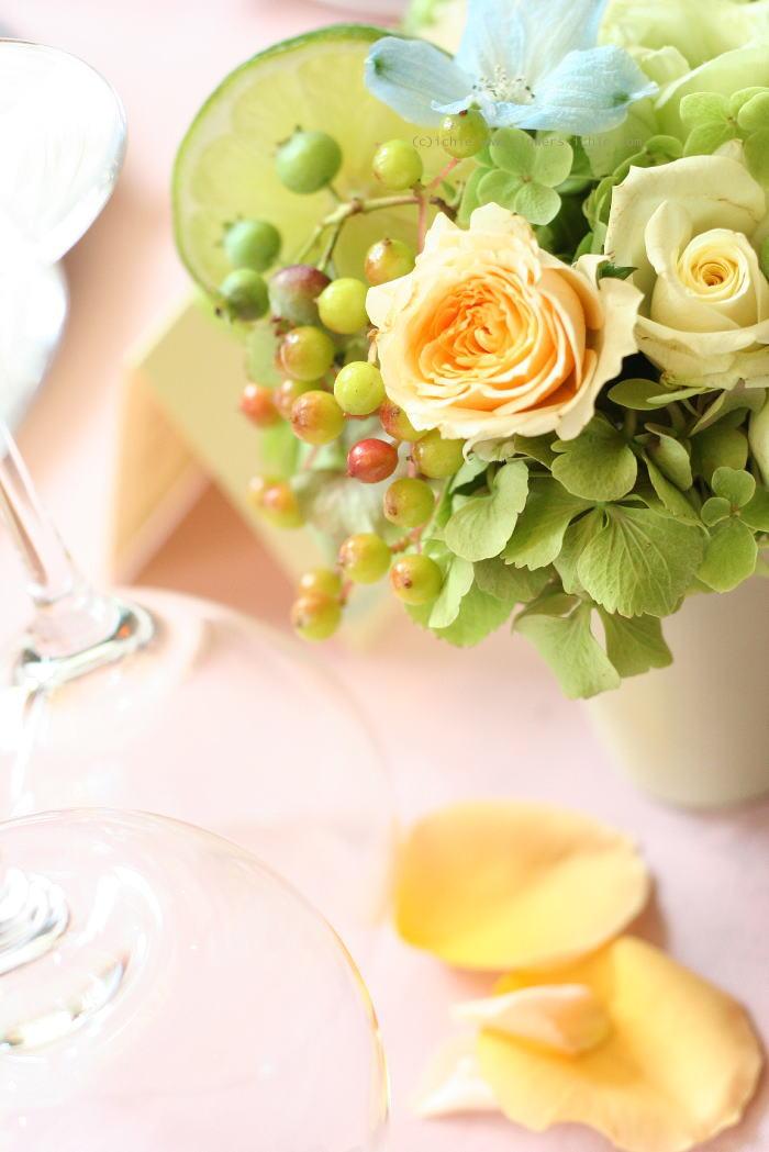ゲストテーブル装花 ライム_a0042928_1104434.jpg