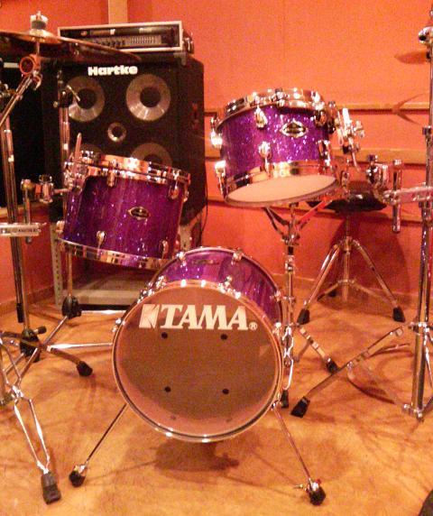 ドラム買いました。_e0052576_1464921.jpg