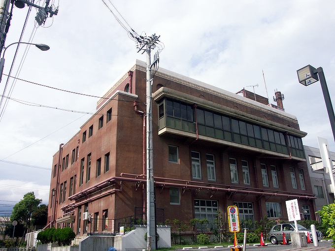 旧魚崎町役場_f0116479_235139.jpg