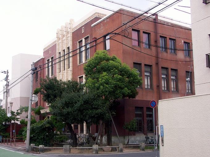 旧魚崎町役場_f0116479_2354216.jpg