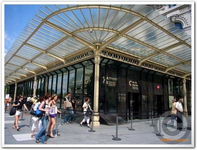 ■夏のオルセ美術館(パリ)_a0008105_523365.jpg