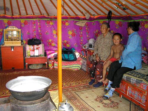 モンゴル ゴビ砂漠へ1_e0048413_21215335.jpg