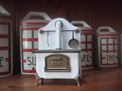 kitchen stove_e0126308_2344589.jpg
