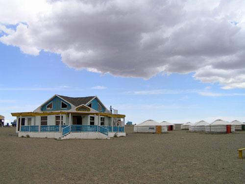 モンゴル ゴビ砂漠3_e0048413_234461.jpg