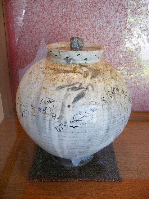 丸田宗彦さん 噂の「米壷」が窯からあがりました。_f0144646_16312173.jpg