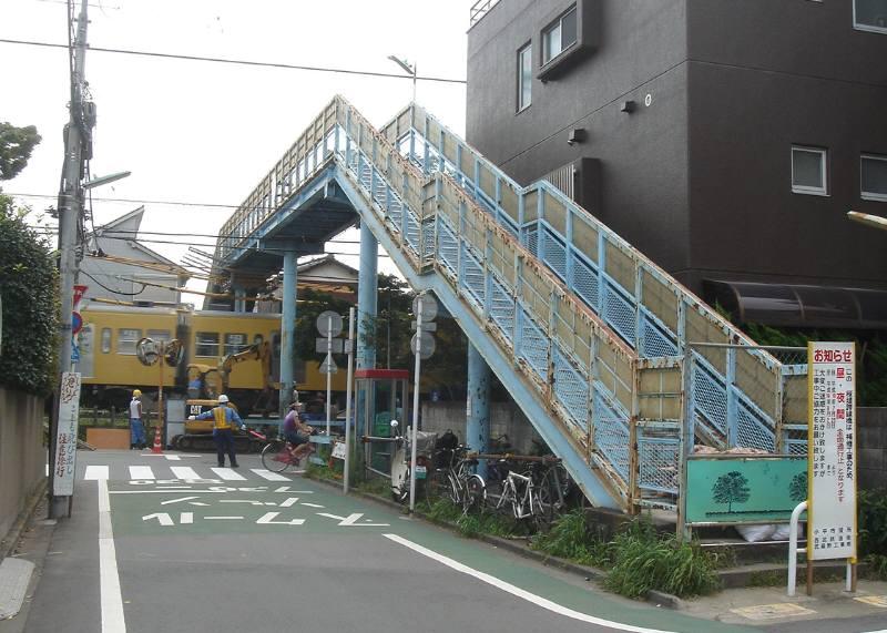 桜堤跨線橋の補修_f0059673_23181844.jpg