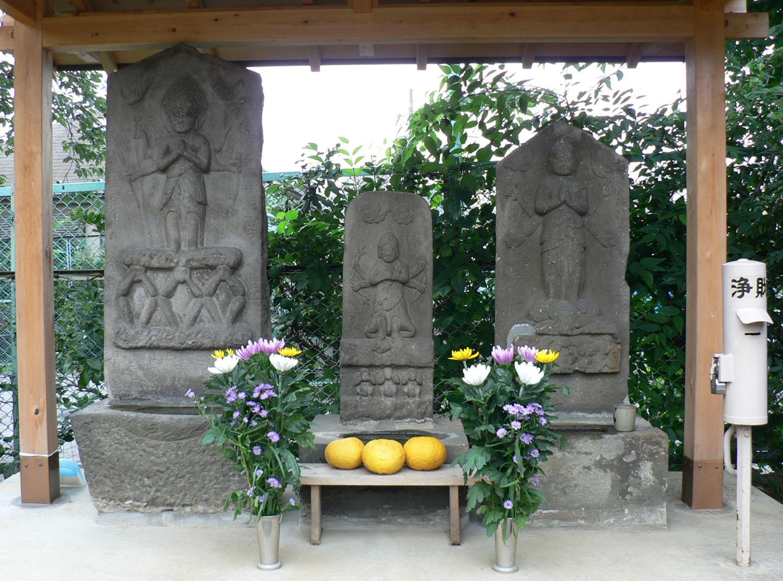 西二稲荷神社_e0123189_2145169.jpg