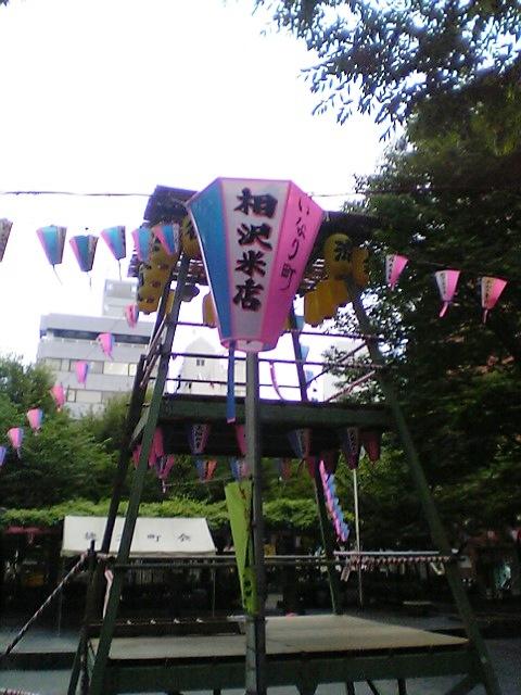8月1日から4日までは御徒町公園の盆踊りですよ。_f0073704_2244398.jpg