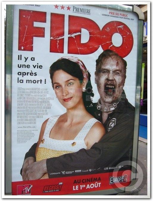 ■街角の広告(パリ)_a0008105_0484540.jpg