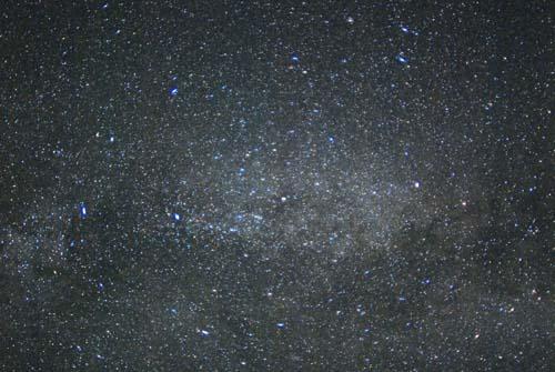 流れ星の多い季節_e0120896_1442188.jpg